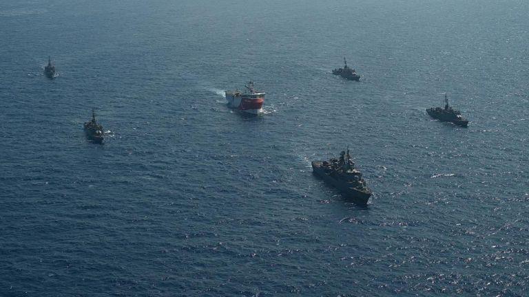 Ελληνοτουρκικός «πόλεμος» Navtex – Επιμένει σε «γκρίζες ζώνες» η Άγκυρα την ώρα που καλεί σε διάλογο την Αθήνα